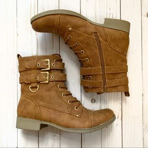 NEW G BY GUESS Bell Combat Boots